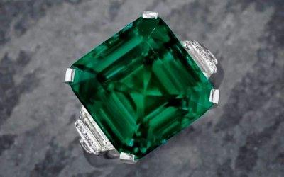 Rockefeller-Emerald-top-view