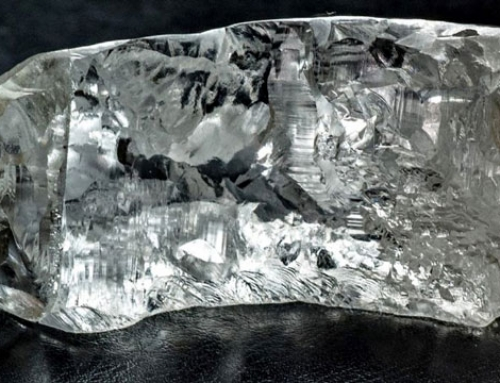 World's largest flawless diamond ever to be auctioned will be unveiled