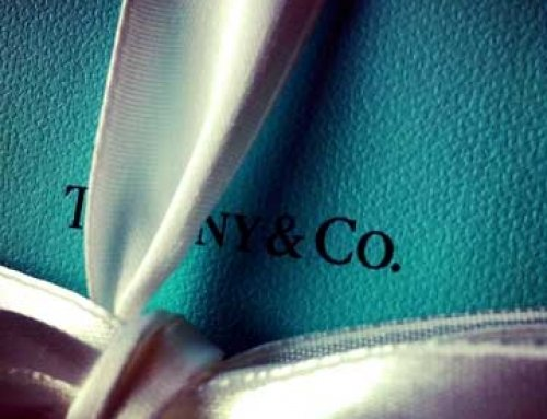 Tiffany shareholders expected to approve acquisition by LVMH this week