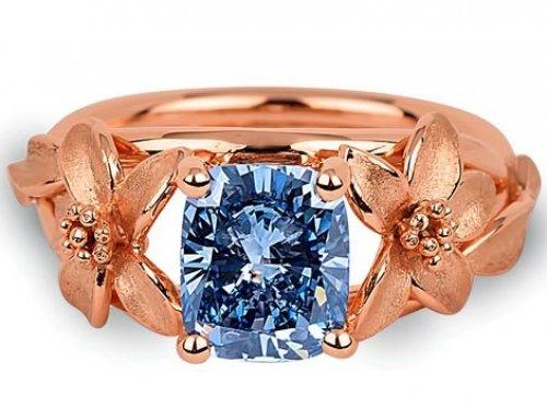 Fancy color diamond prices show minor decrease
