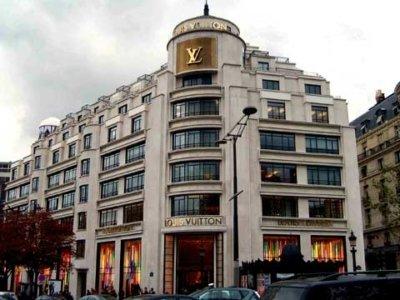 Sewelo Louis Vuitton