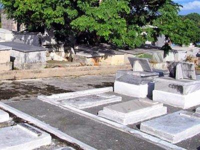 diamond diaspora jewish cemetery